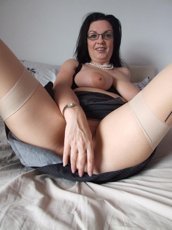 Сексуальная зрелая баба