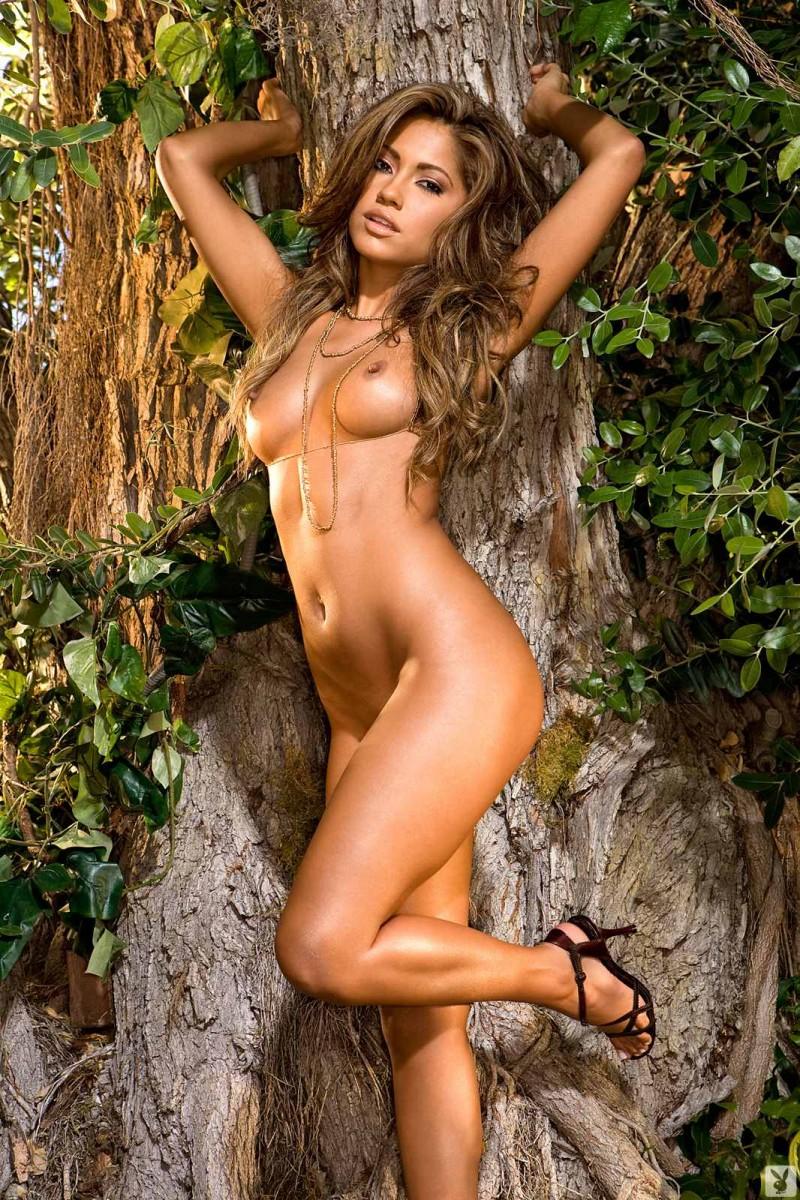Сексуальная леди с красивой попкой