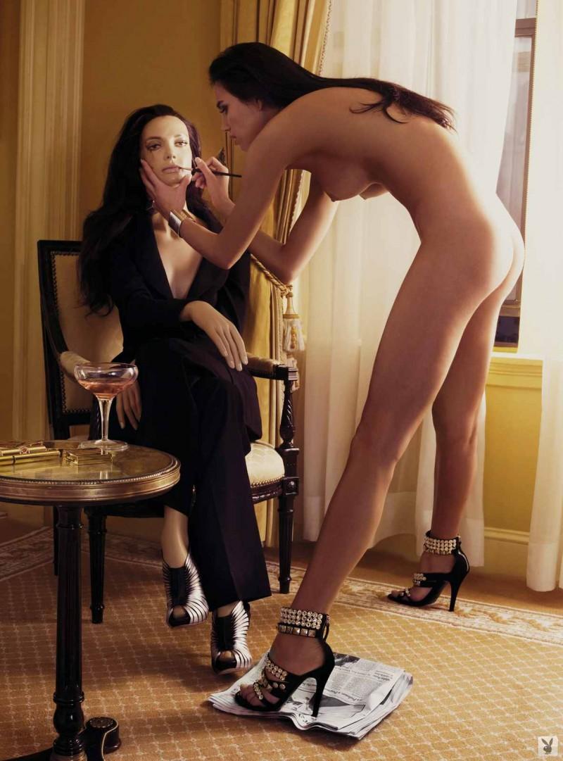 Необычный фото сет сексуальной девушки с красивой попкой