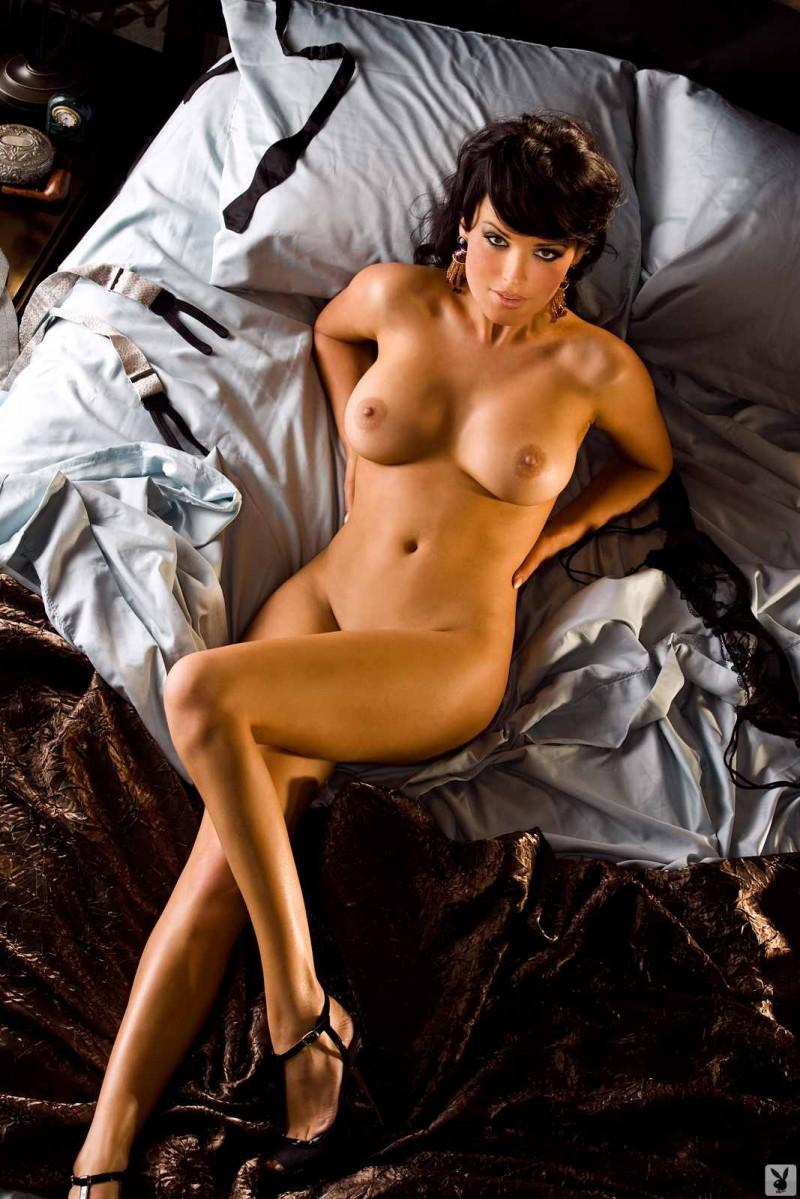 Упругая задница красивой женщины