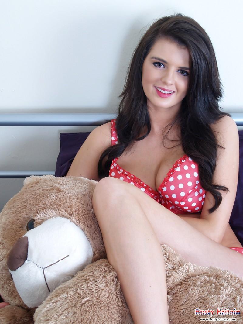 Сексуальная девушка с висячими сиськами