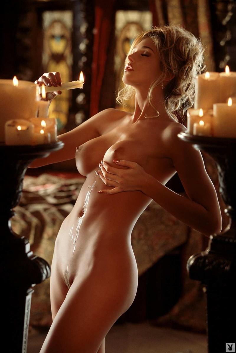 Сексуальная шлюха с красивыми сиськами