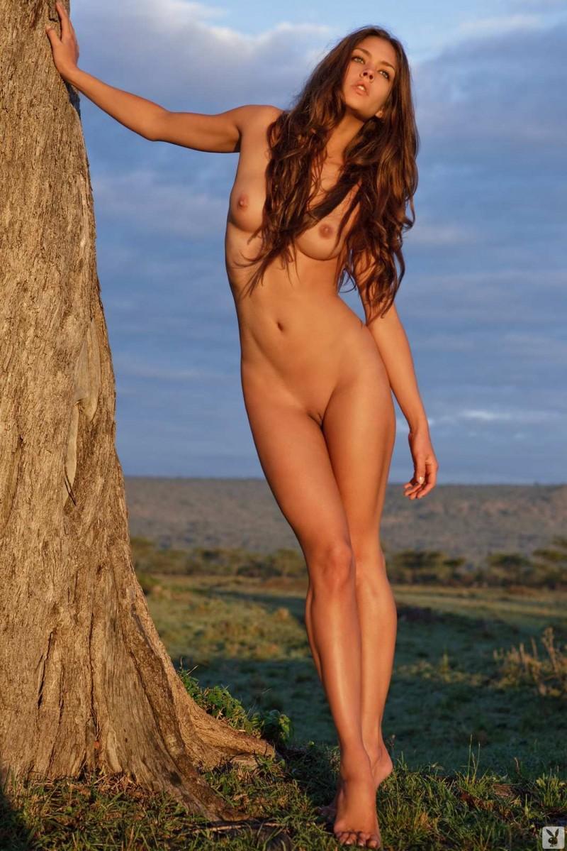 Сексуальная женщина с красивой пиздой