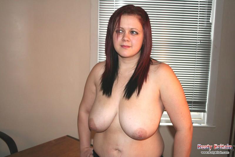 Шикарная леди с большими дойками