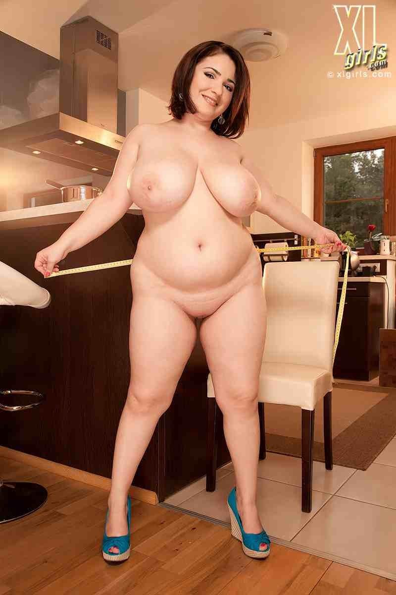 Сексуальная девушка с красивой пиздой