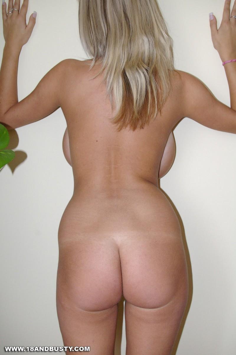 Любительские фото огромных сисек