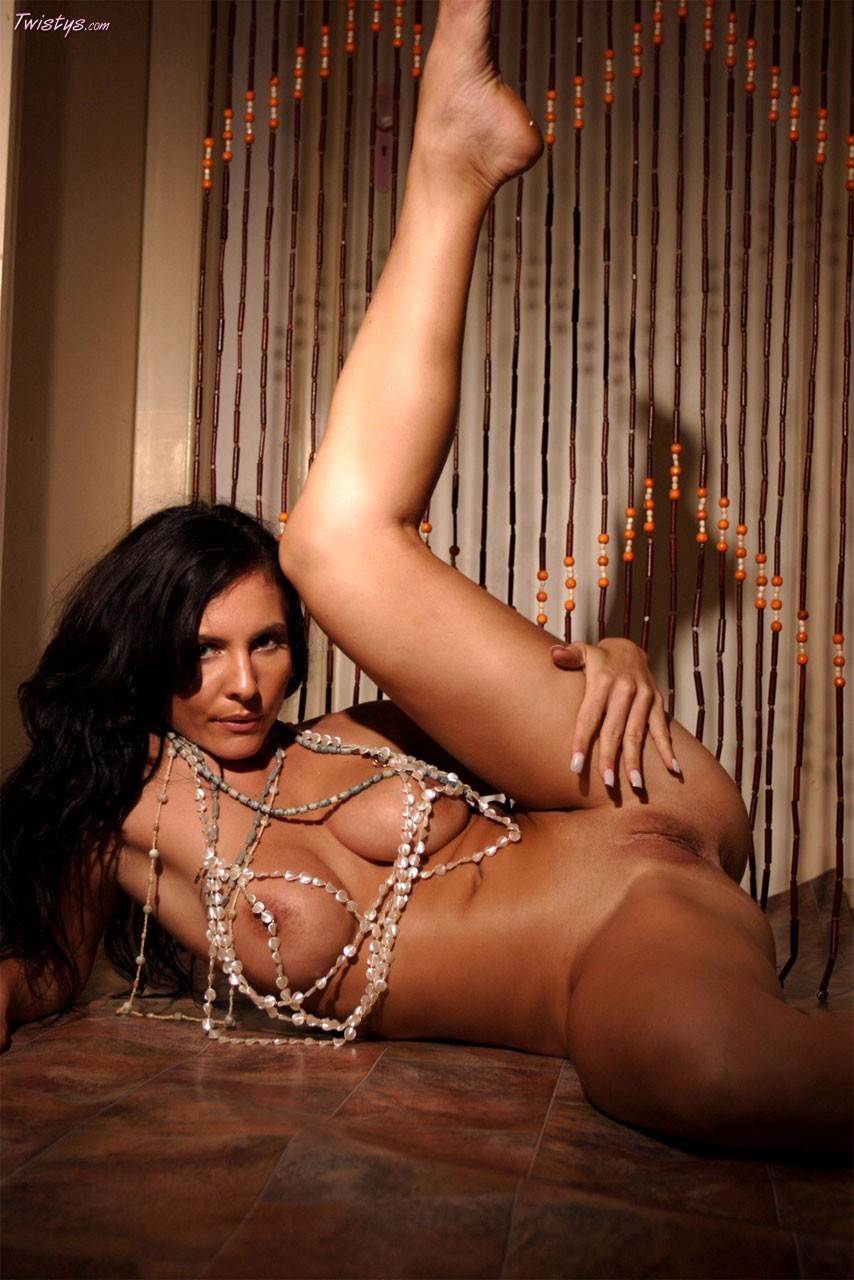 Гладкая женская вагина, порно видео бодибилдерши доминируют