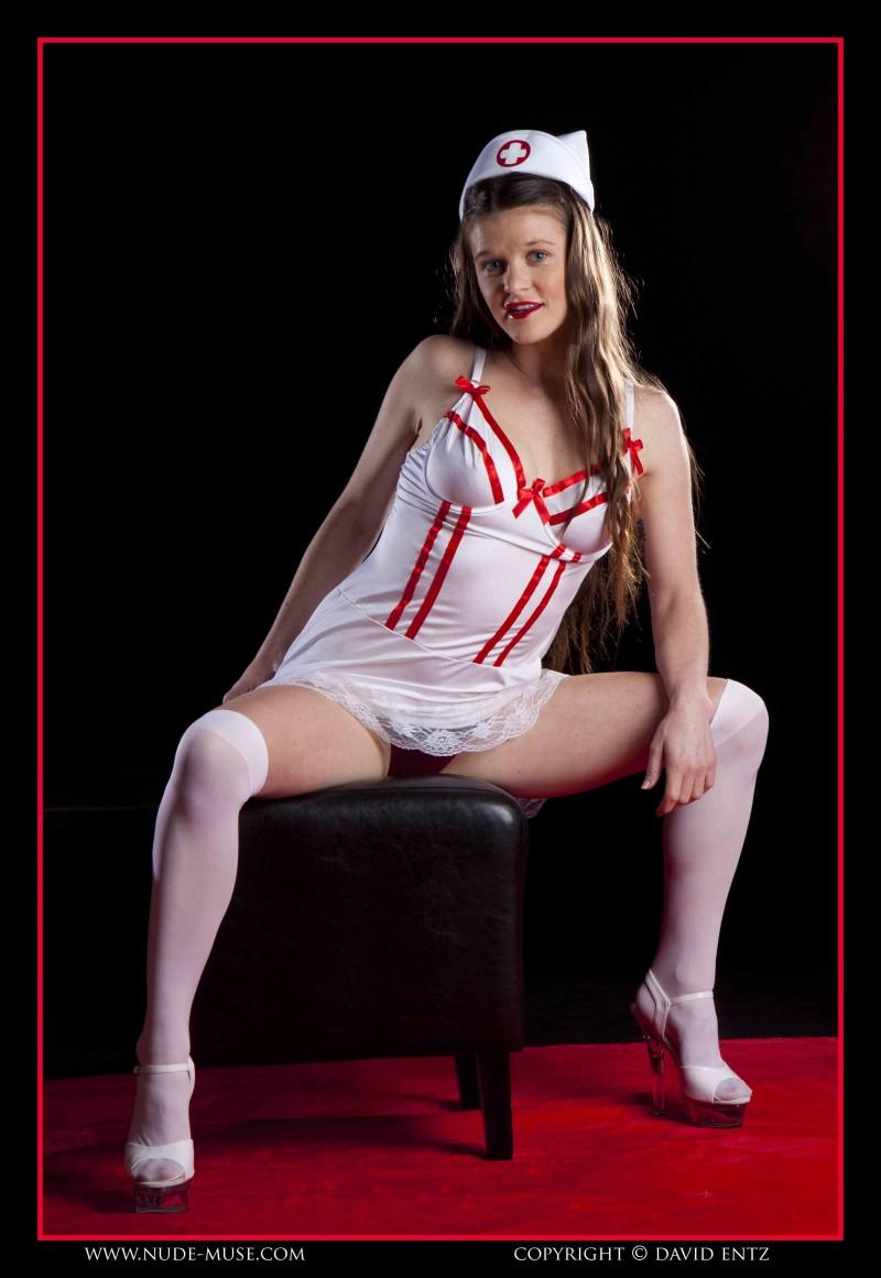 Фотки и картинки голых медсестричек 20 фотография