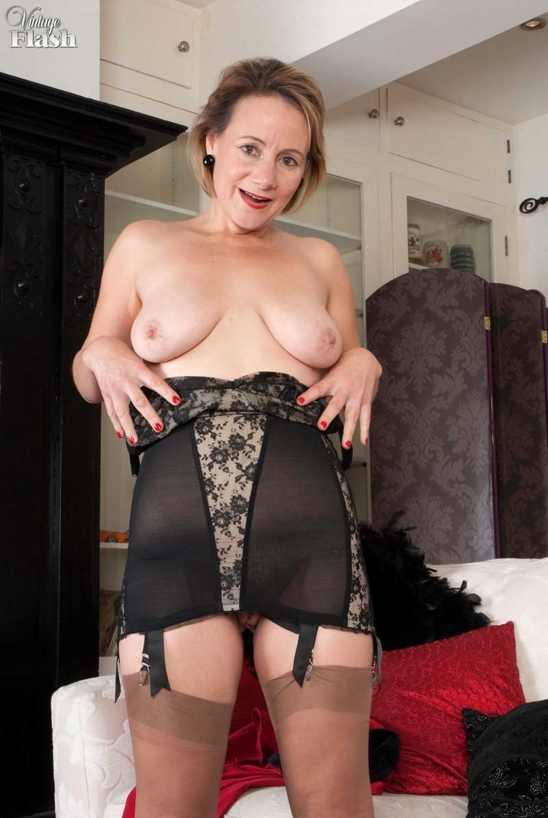 голые проститутки в чулках