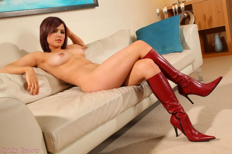 Ножки в красных сапожках порно видео
