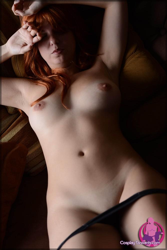 Большие сиськи искусной леди
