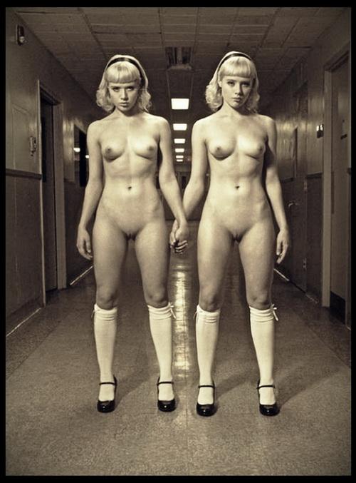 Дауны близнецы порно