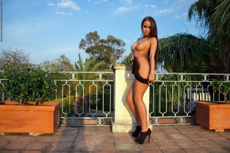 Большая красивая голая грудь русских женщин  Частное фото