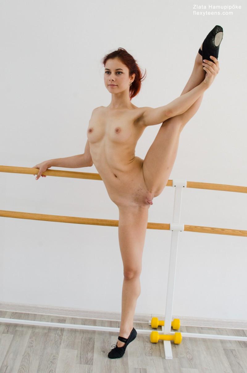 Развратные фотографии балерин 12